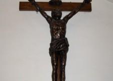 Crocefisso in bronzo - foto archivio Pro Loco